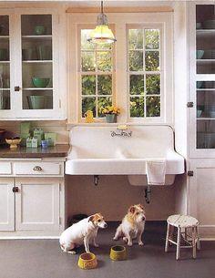 butler's pantry sink type??? 30 Fabulous Farmhouse Sinks - The Cottage Market