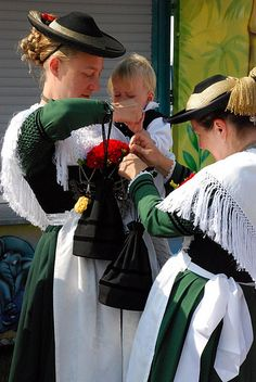 Isargaufest Ismaning by alixmichi, via Flickr