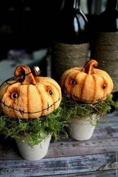 Сказочные персонажи ручной работы. Ярмарка Мастеров - ручная работа. Купить Мистер Pumpkin в горшочке. Handmade. Рыжий, хеллоуин Halloween Doll, Halloween Crafts, Halloween Decorations, Halloween Stuff, Pumpkin Head, Creepy Dolls, Clay Creations, Hallows Eve, Gourds