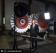 #makingof for a #portraitphotography in a #powerstation for an #anualreport by @christianobruch #ilovemyjob #profotolighting #chimera #germany #ilovephotography #potd #profoto #portrait #picoftheday #pictureoftheday #canon5ds #canon #onlocation #assignment #profotolighting #kraftwerk #setting #professionalphotographer #fotografie #geschäftsbericht #businessphotography #businessfotografie #photooftheday #iso1200 #behindthescenes #bts #manager