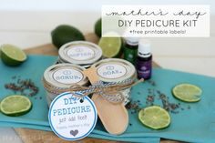 Homemade Pedicure, Diy Pedicure, Deco Noel Nature, Yl Oils, Mothers Day Presents, Printable Labels, Free Printable, Homemade Beauty Products, Amazon Gifts