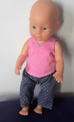 pantalon et tunique de poupées