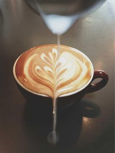 latte art photo