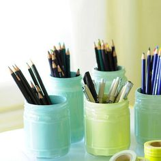 paint the inside of glass jars