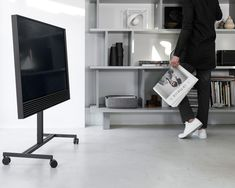 Chilling out at the office in the last afternoon light be like. Cool picture by thismintymoment featuring BeoVision Horizon on the wheel stand! High End Headphones, Best Interior, Interior Design, Custom Shelving, Bang And Olufsen, Home Cinemas, Storage Shelves, Chilling, Dekoration