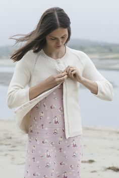 caiterly by leah b. thibault / in quince & co. willet, color sail