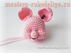 Мастер-класс по вязанию крючком: Поросенок Crochet Dolls, Crochet Baby, Knit Crochet, Crochet Accessories, Cute Dolls, Handmade Toys, Free Pattern, Diy And Crafts, Sewing