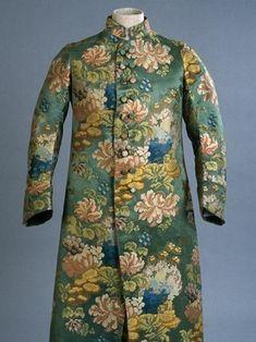 Banyan, France, ca. 1780, silk (1735-40), Royal Ontario Museum, Toronto