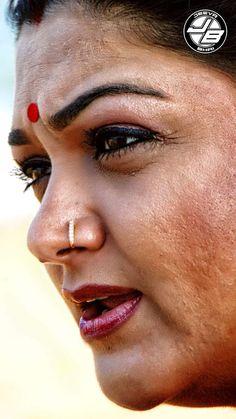 Beautiful Women Over 40, Beautiful Girl Indian, Beauty Full Girl, Beauty Women, Priyanka Chopra Makeup, Indian Actress Images, Indian Actresses, Desi Girl Image, Actress Anushka