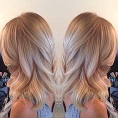 What a beautiful champagne blonde! What a beautiful champagne blonde! Love Hair, Great Hair, Gorgeous Hair, Champagne Blonde, Champagne Hair Color, Hair Color And Cut, Pretty Hairstyles, Blonde Hairstyles, Celebrity Hairstyles