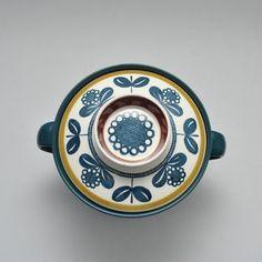 """Bolle """"kon tiki"""" av Kåre B. Vintage Designs, Tableware, Flowers, Dinnerware, Tablewares, Dishes, Royal Icing Flowers, Place Settings, Flower"""