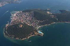 İstanbul'daki Adalar'ı (Prens Adaları) bilmeyen yoktur. Mein Land, Istanbul Turkey, Big Island, Travel Advice, Travel Pictures, Perfect Place, City Photo, Stuff To Do, Beautiful Places