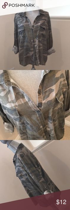 Wet Seal Camo Tunic - XL Great Button Down on its Own or Open with a Tank...Two Pockets on the Chest, Roll-Up Sleeves.  Cute Boyfriend Style.  Normal Piling (as shown) From Washing.  Bought @ Wet Seal in 2016. Wet Seal Tops Button Down Shirts