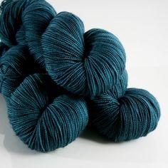 Deep Sea, FAVE fingering weight sock yarn Superwash Merino, Semi-Solid ~ Fibrestory