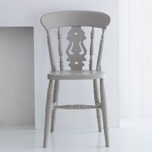 Classic English fiddle-back chair