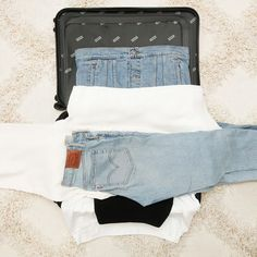 Travel Tips 16 Genius Space-Saving Hacks for Packing Your Suitcase Do You Know Your Parenting Style? Suitcase Packing Tips, Cruise Packing Tips, Vacation Packing, Packing Tips For Travel, Travel Hacks, Pack A Suitcase, Packing Hacks, Packing Checklist, Diy Clothes Life Hacks