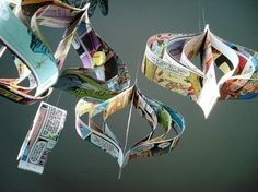 Comic book hanging room ornaments by bookity on Etsy | Les ch'tis papiers | Scoop.it