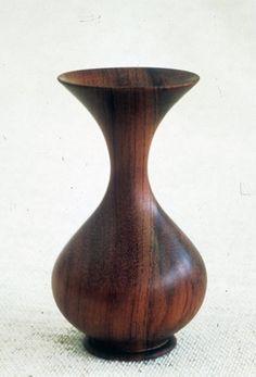 .Waist Line Turned Vase.