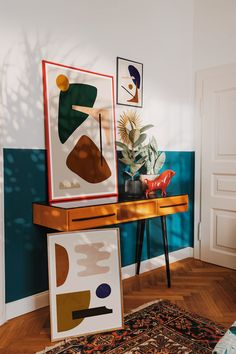 Abstract art and mid-century design - Bedroom nook with abstract artworks by Jan Skacelik. Design Blog, Home Design, Bedroom Decor, Wall Decor, Bedroom Nook, Design Bedroom, Bedroom Artwork, Wall Art, Ideas Actuales
