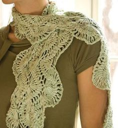 Found this on Crochetme.com, a really cool hairpin lace scarf. Something like this for the Spring for my wife/mother/sister would be really cool. Now if I could just successfully make the lace...