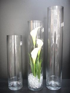 tall cylinder glass vases fabulous for centerpieces ideas Tropical Floral Arrangements, Modern Flower Arrangements, Vase Arrangements, Flower Centerpieces, Tall Glass Vases, Cylinder Vase, Cylinder Centerpieces, Floor Vase Decor, Vases Decor