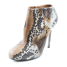 Pre-Owned Sergio Rossi Neutral Tan Snake Skin Python Booties Us 38 ($580) ❤ liked on Polyvore featuring shoes, neutral, sergio rossi, python shoes, snakeskin shoes, tan shoes and pre owned shoes