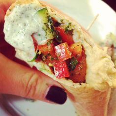 {Vegetarian} Middle Eastern Pita Sandwich Recipe - great Meatless Monday idea!