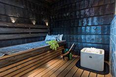 15 x persoonallinen sauna - löydätkö suosikkisi? Outdoor Sauna, Outdoor Decor, Spa Rooms, Saunas, Bathroom Styling, Scandinavian Style, Bathtub, Patio, Home Decor