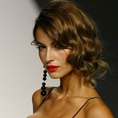 recogidos-clasicos8 Más Pelo Midi, Beauty Make Up, Hair Beauty, 1920s Hair, Finger Waves, Hair Styles 2016, Bride Hairstyles, Hairdresser, Dress Making