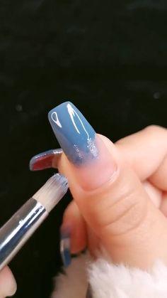 nail art videos - nail art designs - nail art - nail art designs for spring - nail art videos - nail art designs easy - nail art designs for winter - nail art designs summer - nail art diy Nail Art Hacks, Nail Art Diy, Diy Nails, Manicure, Hallographic Nails, New Nail Art Design, Nail Design Video, Design Art, Nail Art Designs Videos