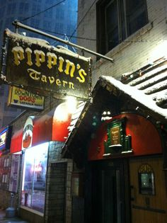 Pippin's Tavern :: Chicago, IL