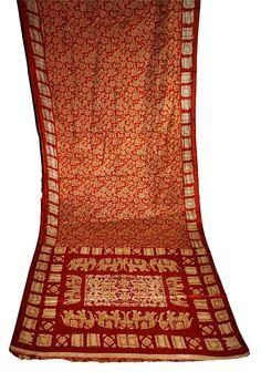 AMAZING Elephant Design Art Silk Batik Texture Indian Bridal Wedding Sari Textile 5 1/2 yards on Etsy, $134.95