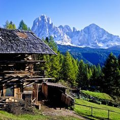 Work travel, travel with kids, europe destinations, european travel, tr Beautiful Places To Travel, Beautiful World, South Tyrol, Paradise On Earth, H & M Home, Europe Destinations, European Travel, Travel Around, Places To See