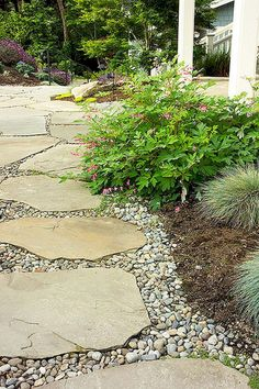 Gorgeous 80 Stunning Front Yard Pathway Landscaping Ideas https://decorecor.com/80-stunning-front-yard-pathway-landscaping-ideas