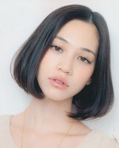 Mizuhara Kiko 1990년 10월 15일 (미국) 168cm 모델 겸 배우 미즈하라 키코입니다아버지가 미국인이고 어머니가 재일교포 한국인이죠키코를 포스팅 하면서 느낀건데 저는 입툭튀(...)스타일을 좋아하나 봅니다저번에 했던 바바라팔빈도 그렇고 저저번의 나탈리아도 그렇고그저 좋다고 모델사진 끌어모을때는 몰랐는데 이렇게 정리를 하다보니 알겠군녀이 세