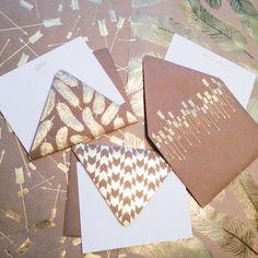 Shine bright like a diamond! Gold + kraft notecard magic & giftwrap perfection from #hautepapier! ✨ #unionstreetpapery