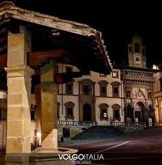 Toscana: #Piazza Grande ad #Arezzo. Foto di @lalleffe  #volgo... (volgotoscana) (link: http://ift.tt/2mNplR5 )