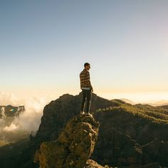 Looking forward to this summer's warm evening adventures where the #flannelshirts get unbuttoned  #adventure #simplethingsinlife #outdoors #escapism #topoftheworld