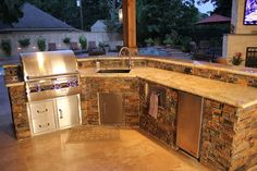 """Excellent """"outdoor kitchen designs"""" info is readily available on our internet si… Excellent """"outdoor kitchen designs"""" info is readily available on our internet site. Check it out and you will not be sorry you did. Covered Outdoor Kitchens, Outdoor Kitchen Grill, Backyard Kitchen, Outdoor Kitchen Design, Patio Design, Backyard Patio, Backyard Ideas, Porches, Built In Grill"""