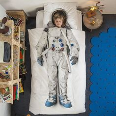 Astronaut Single Bed Set ~ A fun and inspiring duvet cover and pillowcase set for kids