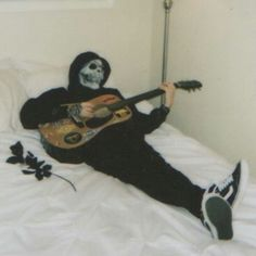*Gasp* Death! You made your bed for ONCEEE AND YOURE PRACTISING GUITAR IM SO GODDAMN PROUD
