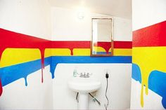 The primary colors really make this room stand out.