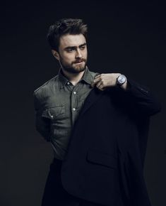 Daniel Radcliffe First Harry Potter, Harry Potter Cast, Hot Actors, Actors & Actresses, Daniel Radcliffe Harry Potter, Harry Potter Pictures, Drarry, Hollywood Celebrities, Beautiful Men