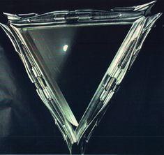 Mirror,triangular,1983, Polyester-Glas, 123x140cm