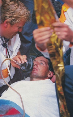 An oxygen mask is used to revive Stephen Roche when he collapsed on the finish line after making a remarkable comeback on the climb to the finish to arrive only four seconds behind Pedro Dalgado (La Plagne, Tour de France 1987)