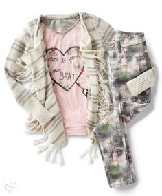 To master this season's can't-live-without color combo, mix and match printed jeggings in shades of olive and blush with a coordinating graphic tee and layer on a waterfall cardi.