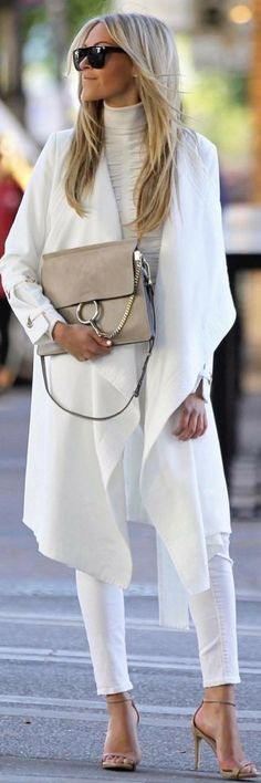 women's white long-sleeved dress and white denim skinny jeans Cozy Winter Outfits, Casual Fall Outfits, White Outfits, Classy Outfits, White Long Sleeve Dress, Sleeved Dress, Style Feminin, Street Style, White Fashion
