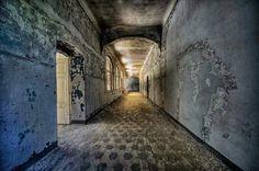 El sanatorio abandonado en el que estuvo ingresado Hitler. 32 fotografías.