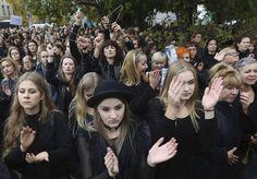 Les Polonaises très nombreuses dans la rue pour défendre l'IVG