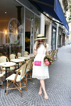 Say yes to the dress! Especially with the hat and pop of pink. Girl Fashion, Fashion Outfits, Style Fashion, Parisian Chic Style, French Girl Style, Royal Clothing, Gal Meets Glam, Couture Week, Mode Outfits